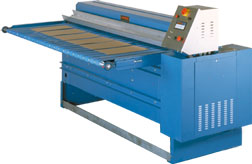 Machine for industrial felt sheeting